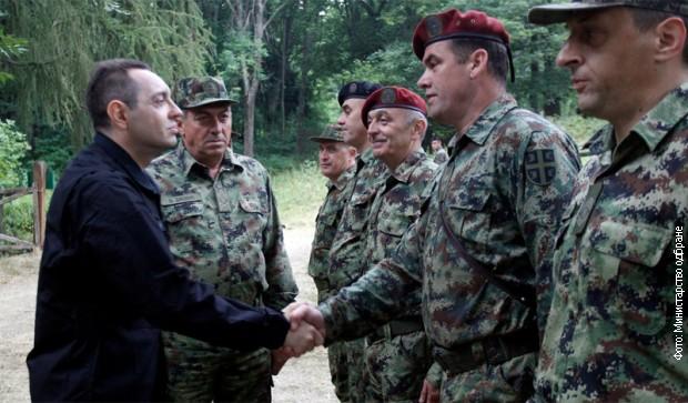 Вулин: Враћање обавезног војног рока питање за цело друштво
